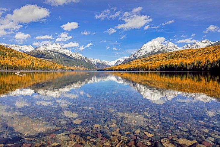 Colores de otoño en Bowman Lake