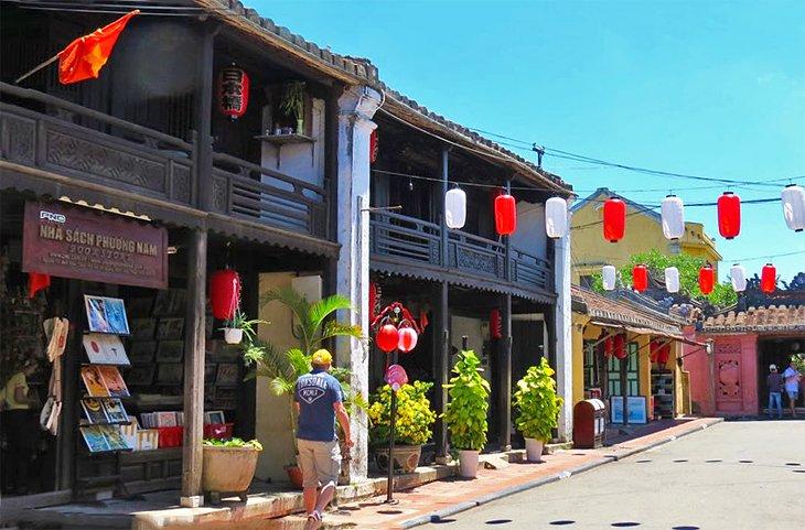 Casa Phung Hung