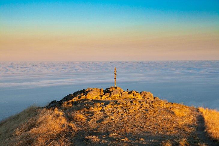 Amanecer en Mission Peak