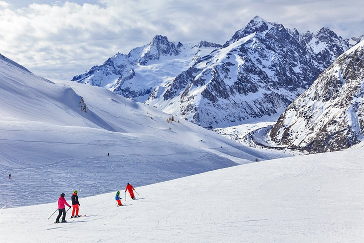 Valle de Aosta, Courmayeur, Italia