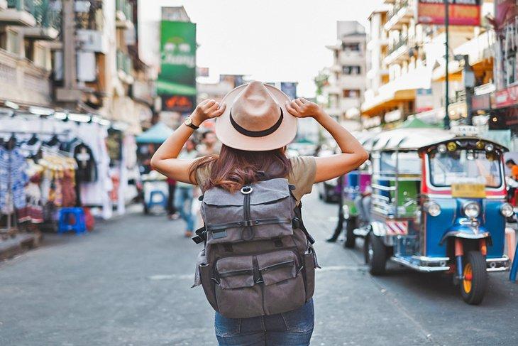 شارع خاو سان، أحد المناطق السياحية في مدينة بانكوك، تايلاند