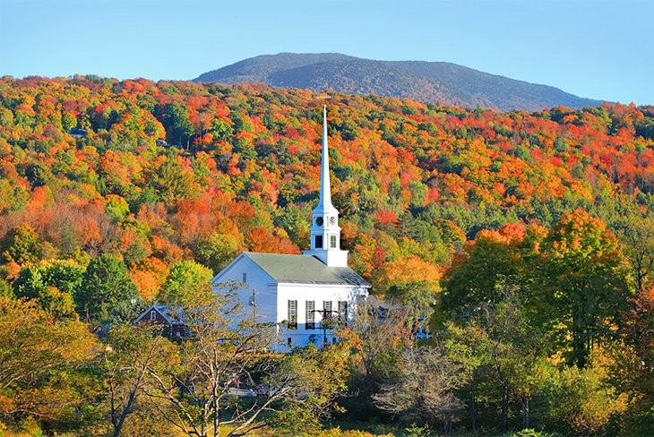 Stowe Community Church and fall foliage in Stowe, VT