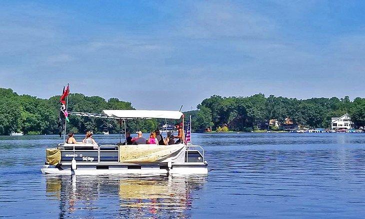 Casa flotante en Portage Lakes