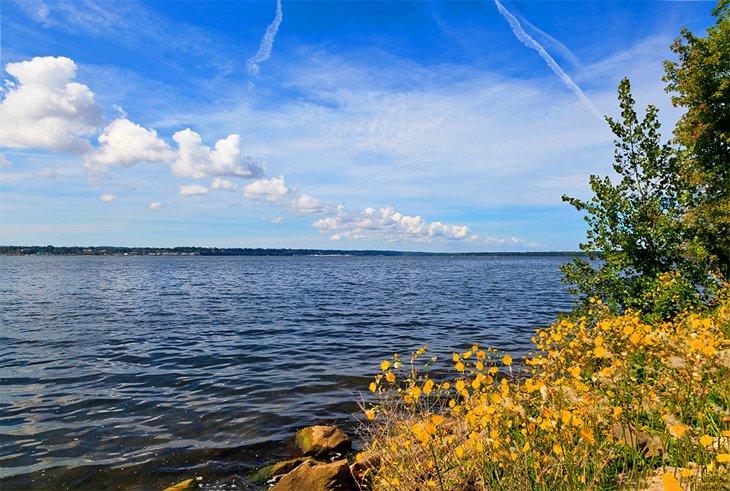 Parque estatal Presque Isle en el lago Erie