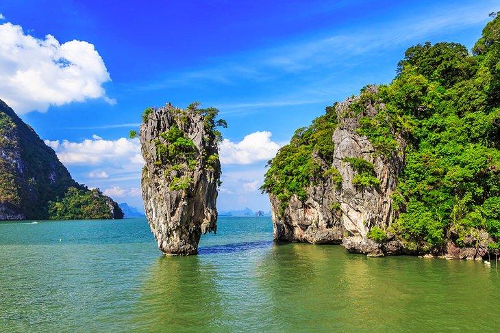 Остров Джеймса Бонда в заливе Пханг-Нга недалеко от Пхукета.