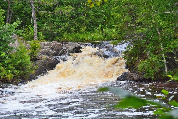 14 Best Waterfalls in Wisconsin