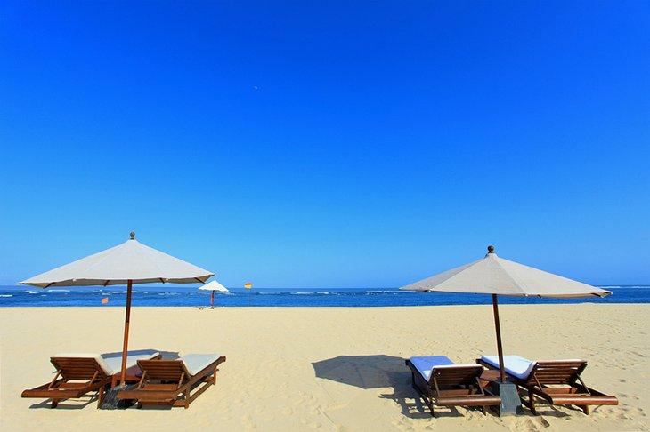 شاطئ نوسا دوا، بالي، إندونيسيا