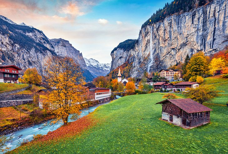Lauterbrunnen village in the fall