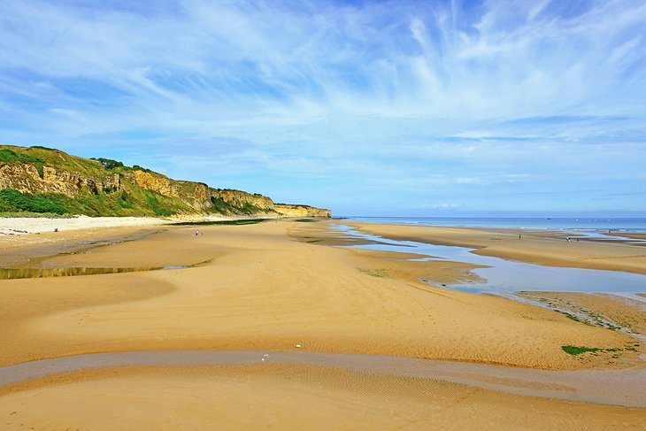 11 Top Normandy D-Day Beaches and Memorials | PlanetWare