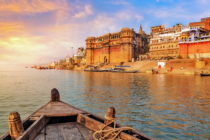 11 Best Places to Visit in Varanasi | PlanetWare