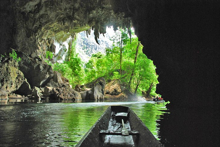 Boat ride through the Kong Lor Caves