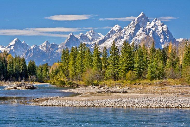Pacific Creek y las montañas Teton
