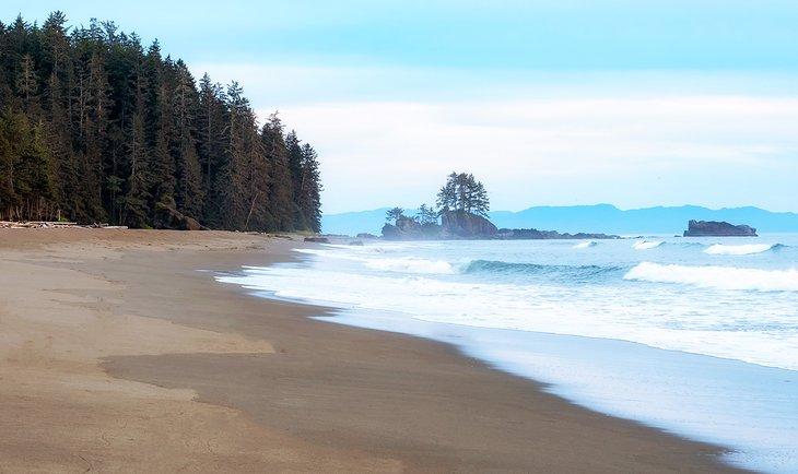 Una playa a lo largo del West Coast Trail