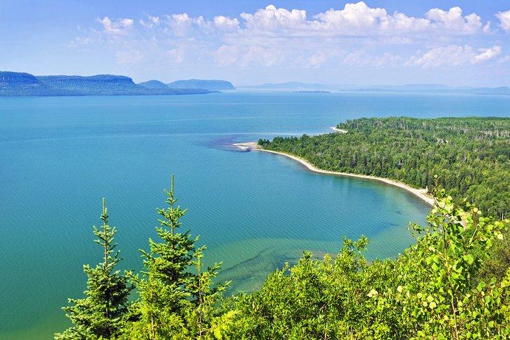 Vista sobre el lago Superior desde Ontario