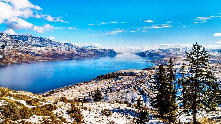 Lago Kamloops en invierno