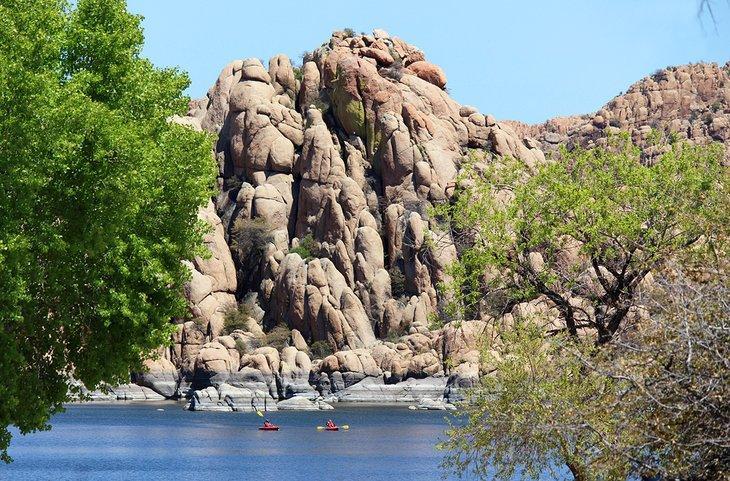 Kayakistas en Watson Lake, Prescott
