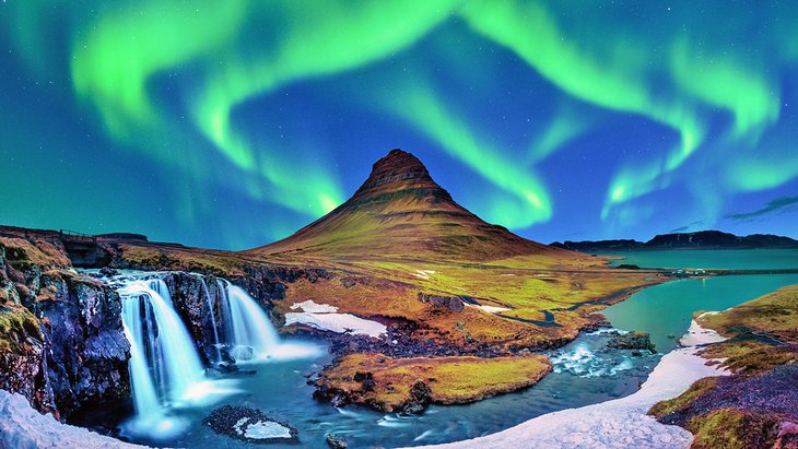 Northern lights at Kirkjufell, Iceland