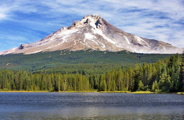 Timothy Lake y el monte.  capucha