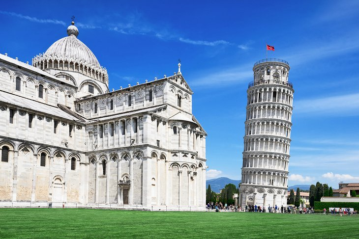 how to get to pisa from rome