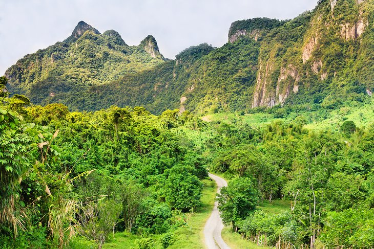 Lush mountains on Viti Levu