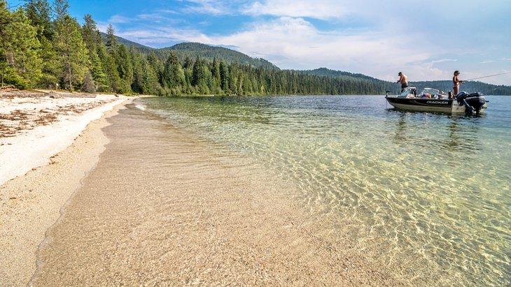 Par pescando en Priest Lake
