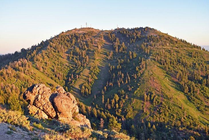 Bucle interpretativo de la montaña Mores