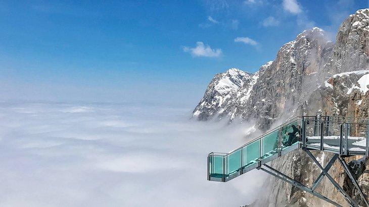 Stairways to Nothingness platform in the winter