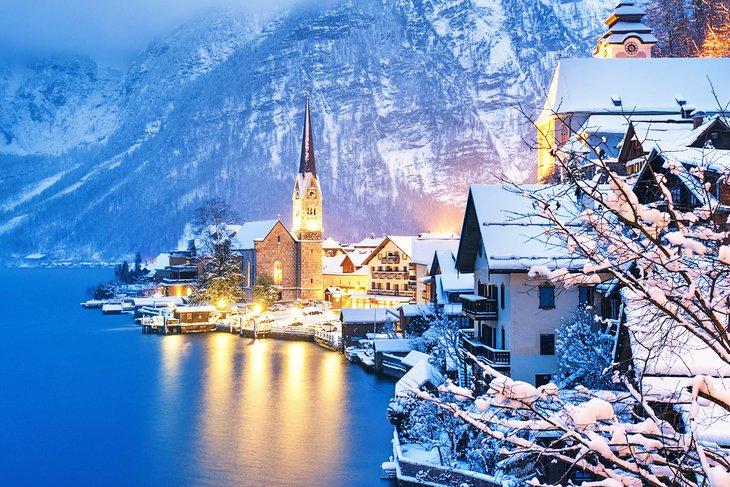 Hallstatt village in the winter