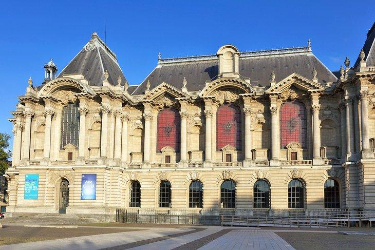 Palais des Beaux-Arts (Fine Arts Museum)