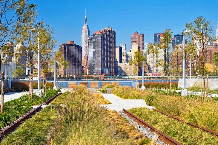 Horizonte de la ciudad de Nueva York desde Gantry Plaza State Park