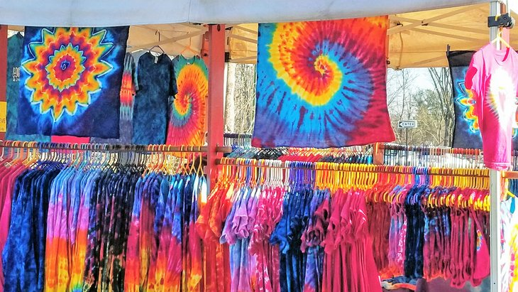 Tie dye vendor in Woodstock