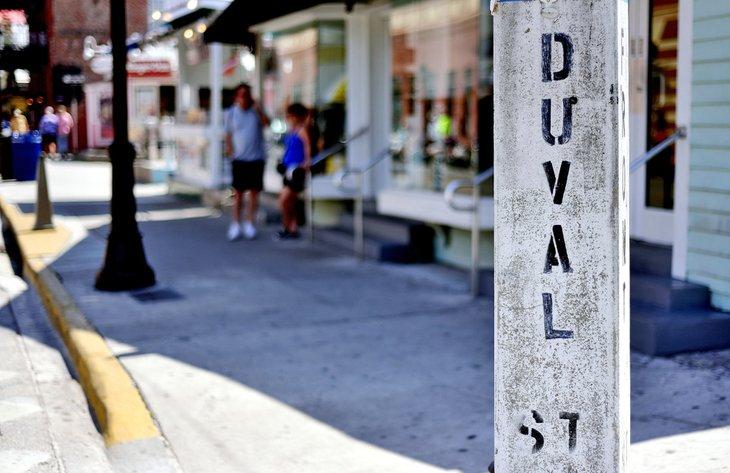 Duval Street en Cayo Hueso (Key West)