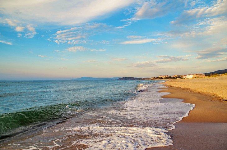 Atardecer en la playa de Tabarka