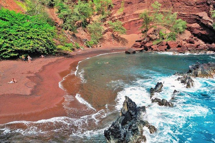 Playa de Kaihalulu, Maui