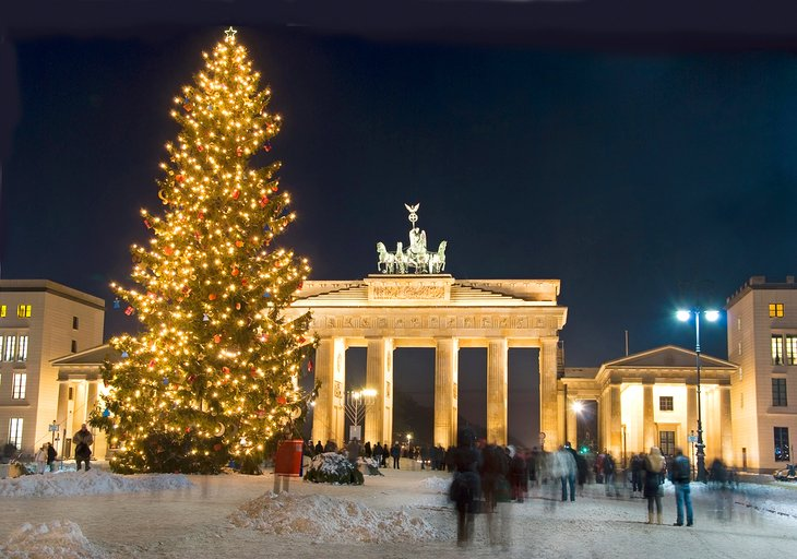 Christmas tree and the Brandenburg Gate