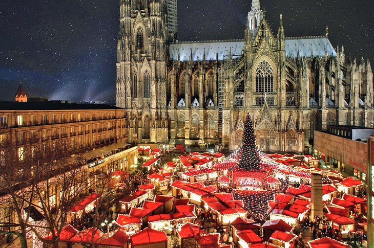 Cologne Cathedral and the Christmas market