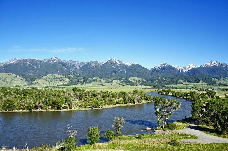 Río Yellowstone cerca de Livingston