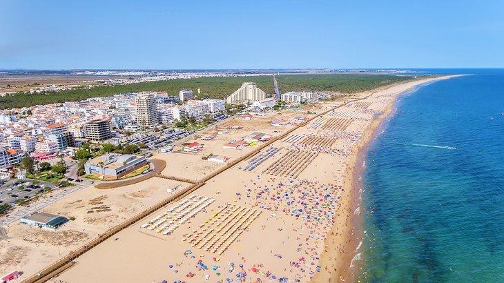 Vista aérea de la playa de Monte Gordo