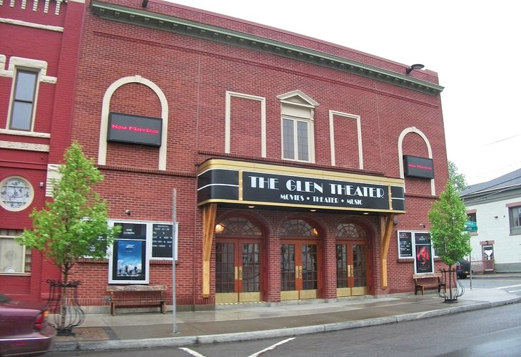 The Glen Theater on Franklin Street