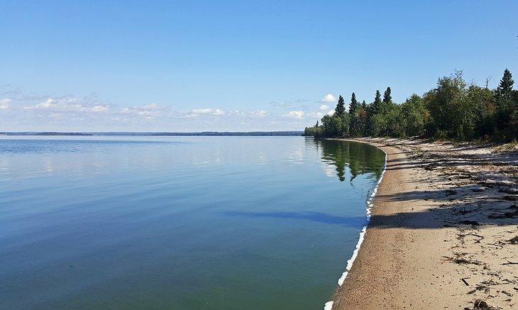 Lago esclavo menor