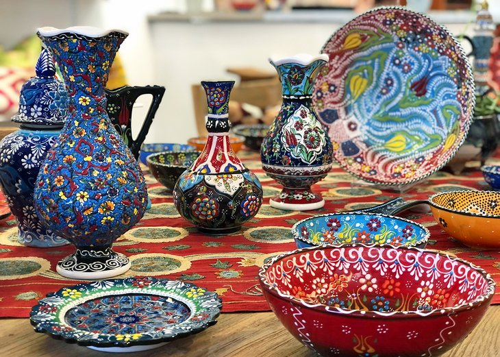 Colorful pottery at Ova Arts in Ojai
