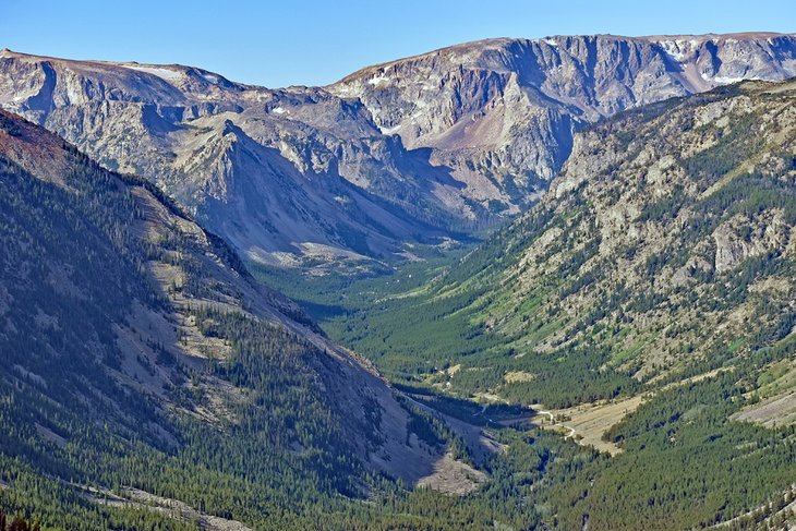 Spectacular view along the Beartooth Highway