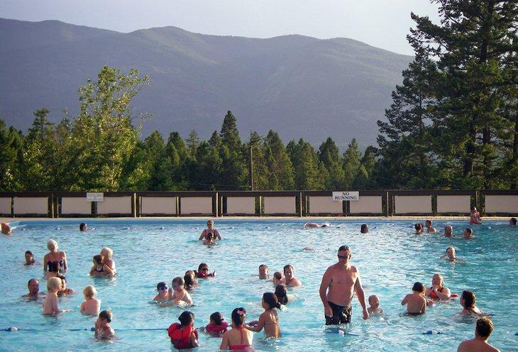 Piscina en Fairmont Hot Springs Resort