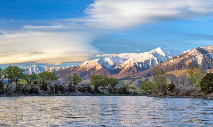 Paradise Valley, visto desde el río Yellowstone