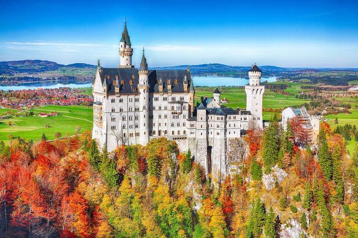 Castillo de Neuschwanstein en otoño