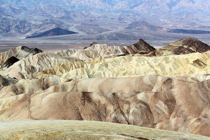 Vista desde Zabriskie Point en el Parque Nacional Death Valley