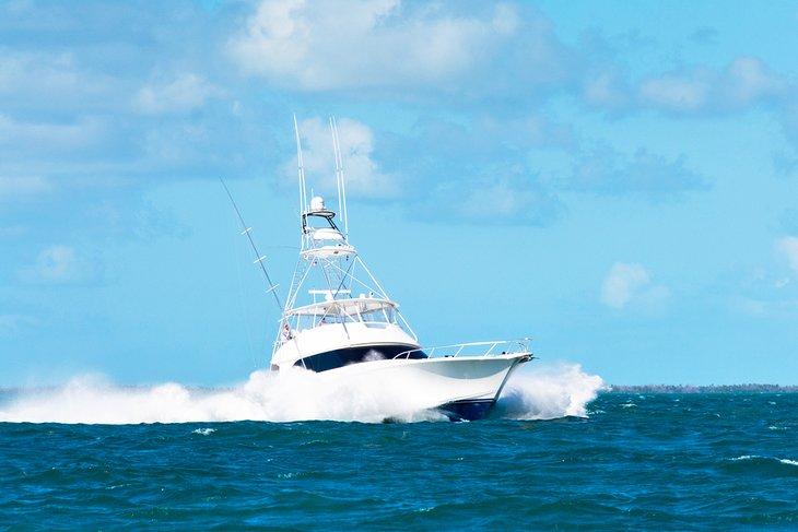 Barco de pesca frente a Key Largo