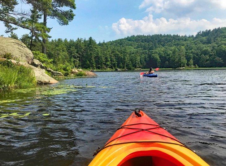 Kayak en el lago Pawtuckaway
