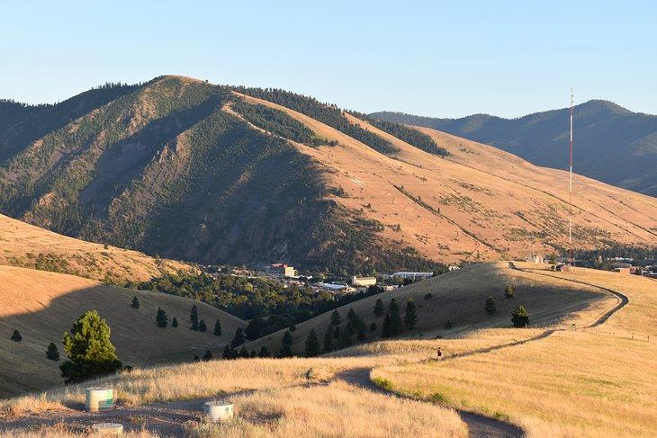 North Hills / Waterworks Trail, vista del monte Sentinel