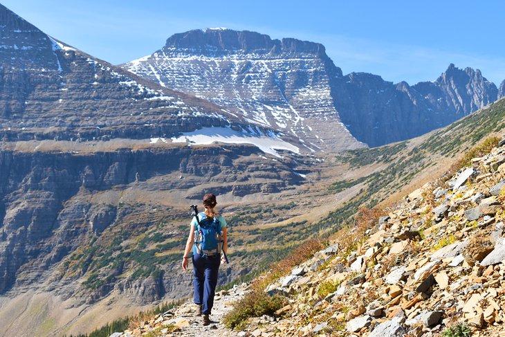 El sendero al paso Piegan, Parque Nacional Glacier
